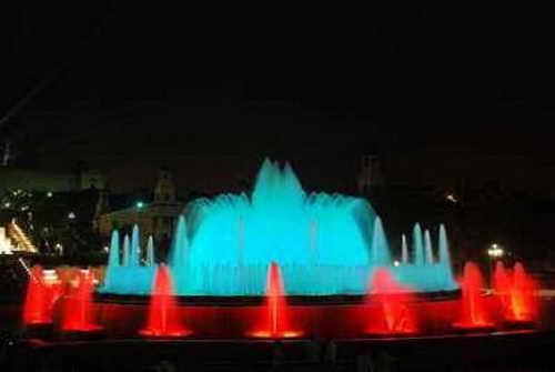 Магический фонтан в центре Барселоны
